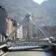 Andorra La Vella es la capital del Principado de Andorra. Entre los máximos atractivos tenemos la importante zona comercial y una gran diversidad gastronómica