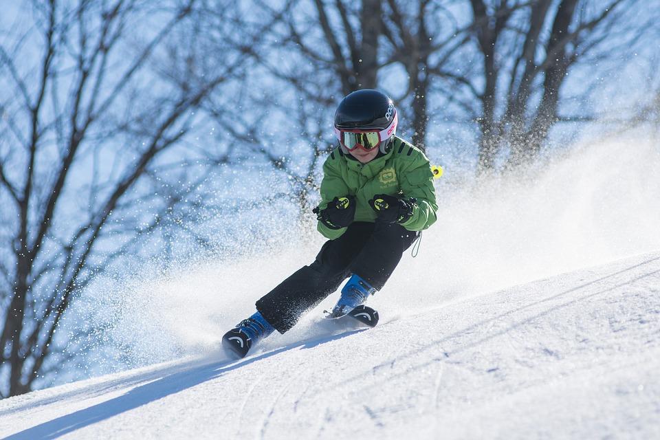 Cómo elegir bien las gafas de esquí para esquiar en Baqueira