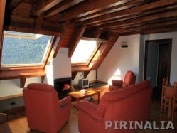Montcorbau apartamento duplex 3 hab 6 km Viella MPL