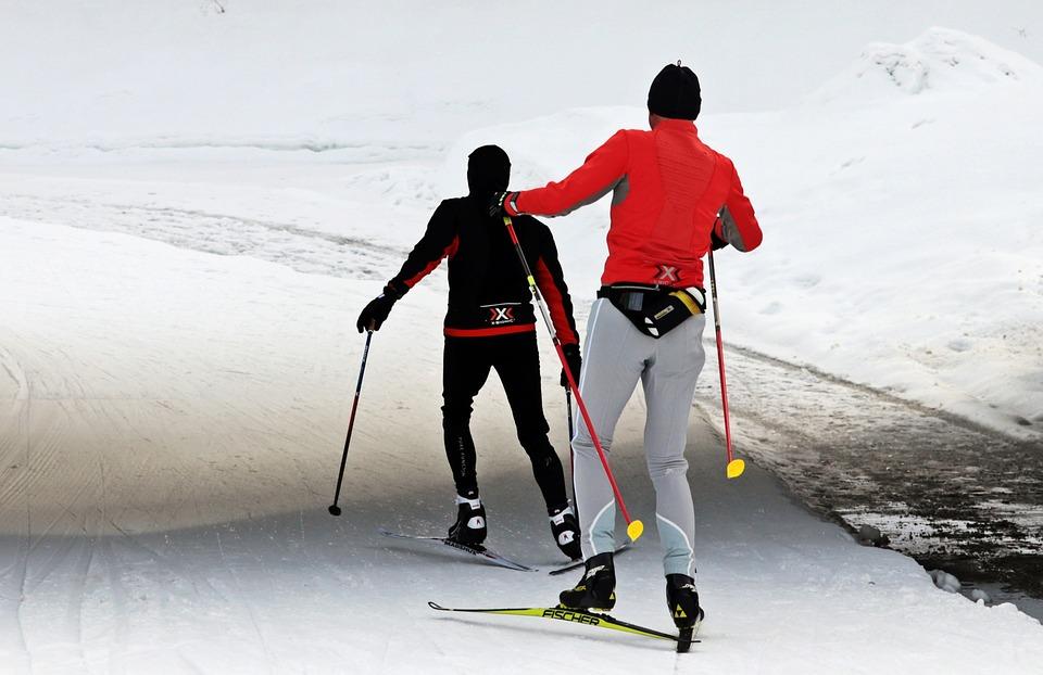 4 consejos para practicar esquí de fondo en Navidad
