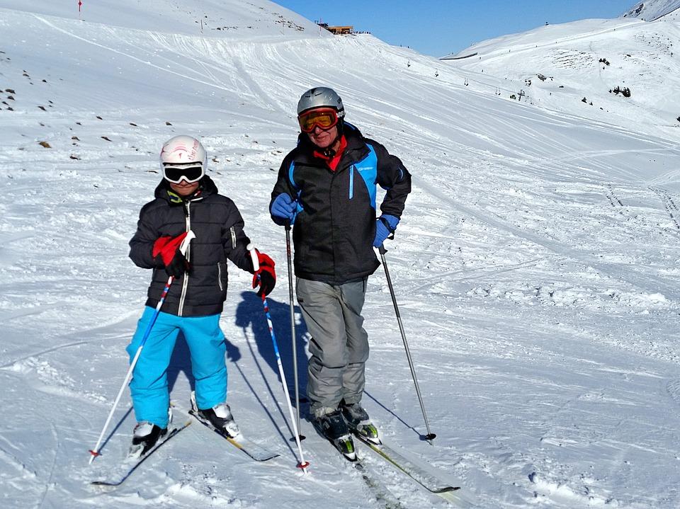 6 consejos para comenzar a esquiar a edades avanzadas
