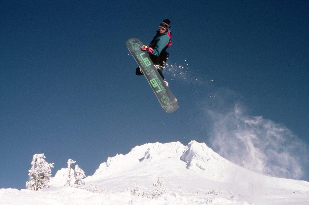 3 trucos de snowboard