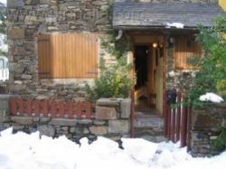Vilamos casita 3 habitaciones 13 km de Viella